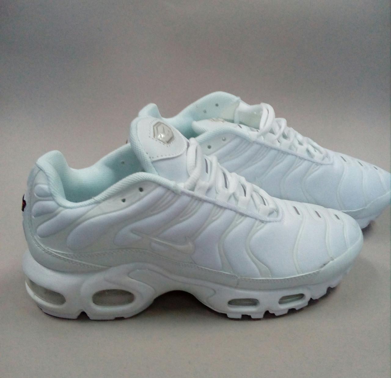 Женские кроссовки Nike TN