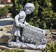 Садовая фигура скульптура для сада Девушка с тележкой 45*24*51cm SS0691080-16 статуя