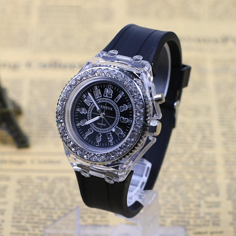 """Женские наручные часы """"Geneva"""" с подсветкой (черный)"""