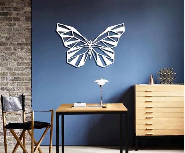 Декоративное панно из дерева Бабочка