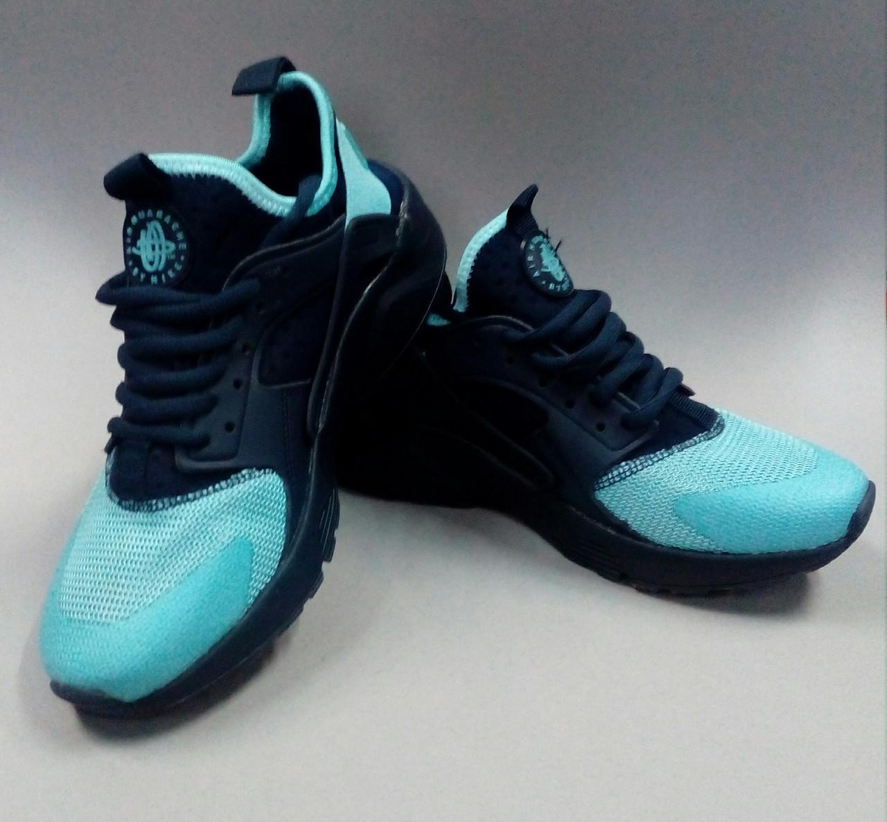Женские кроссовки Nike  Huaracha