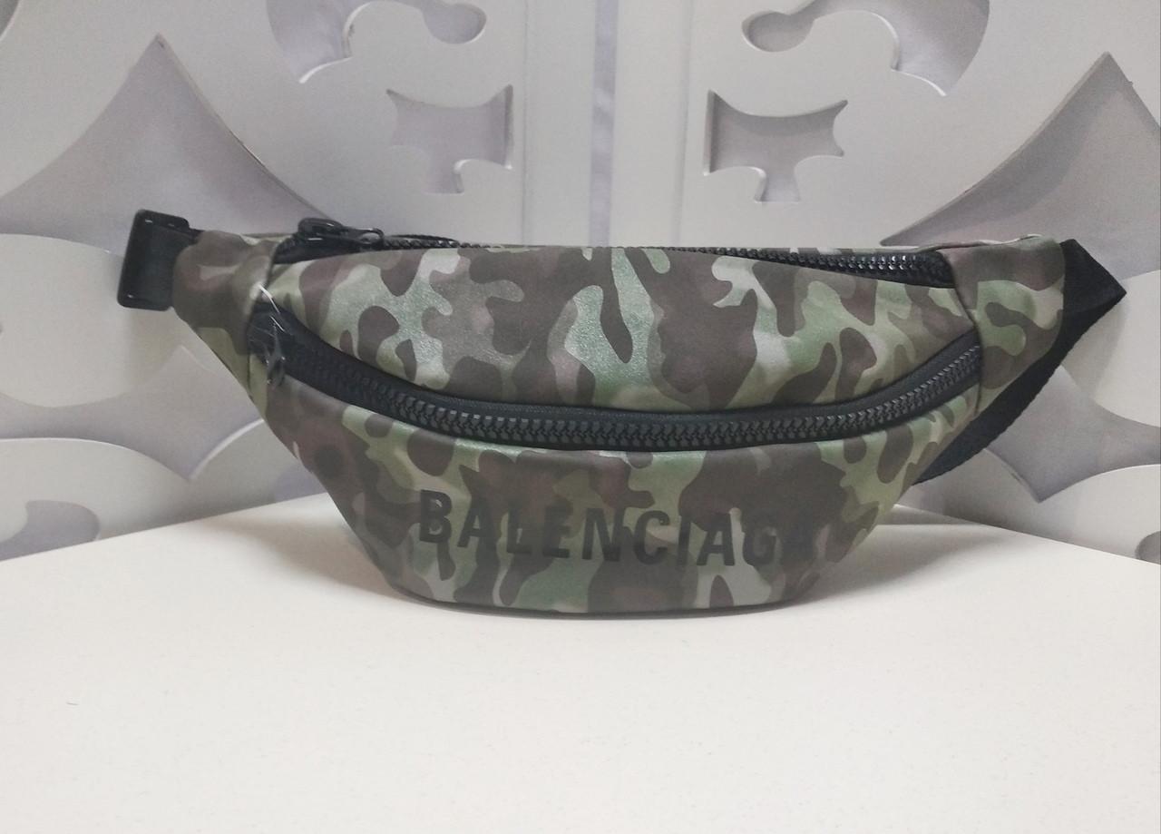 Женская сумка на пояс Balenciaga (копия), в зеленом цвете