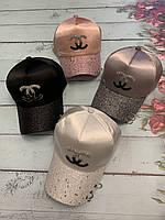 Шапки-кепки жіночі