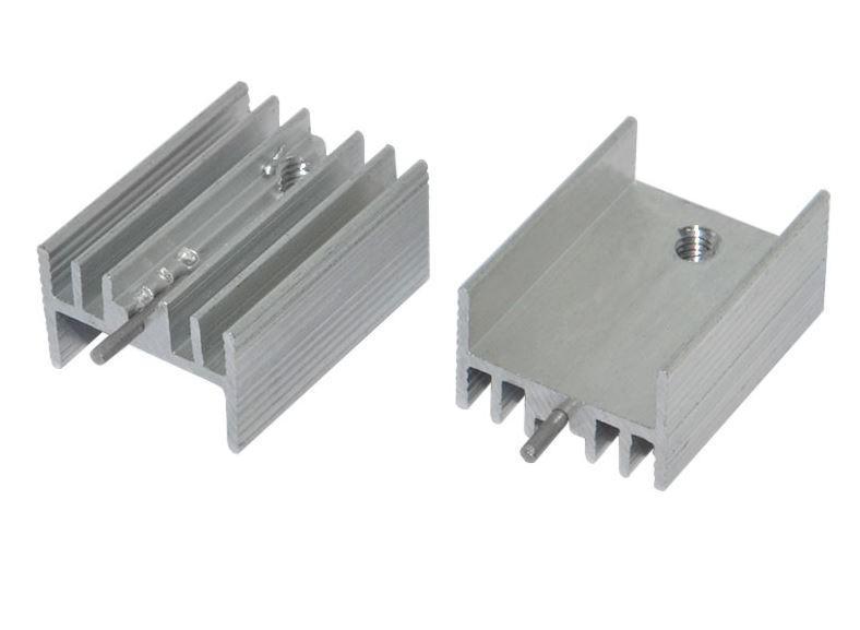 Радиатор D05P-TO220 15x10x20 мм с ножкой белый. 1 шт.