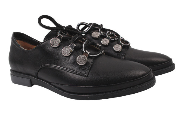 Туфли женские на низком ходу из  натуральной кожи черные на шнуровку Aquamarin Турция