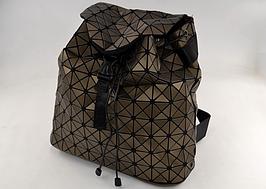 Рюкзак Bao Bao bronze BAO BAO космический стильный городской ISSEY MIYAKE матовый