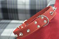 Ошейник для собак с шипами красный