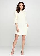 Женское платье прямое  с карманами букле твид молочное