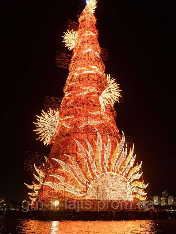 Необычная рождественская елка в Бразилии