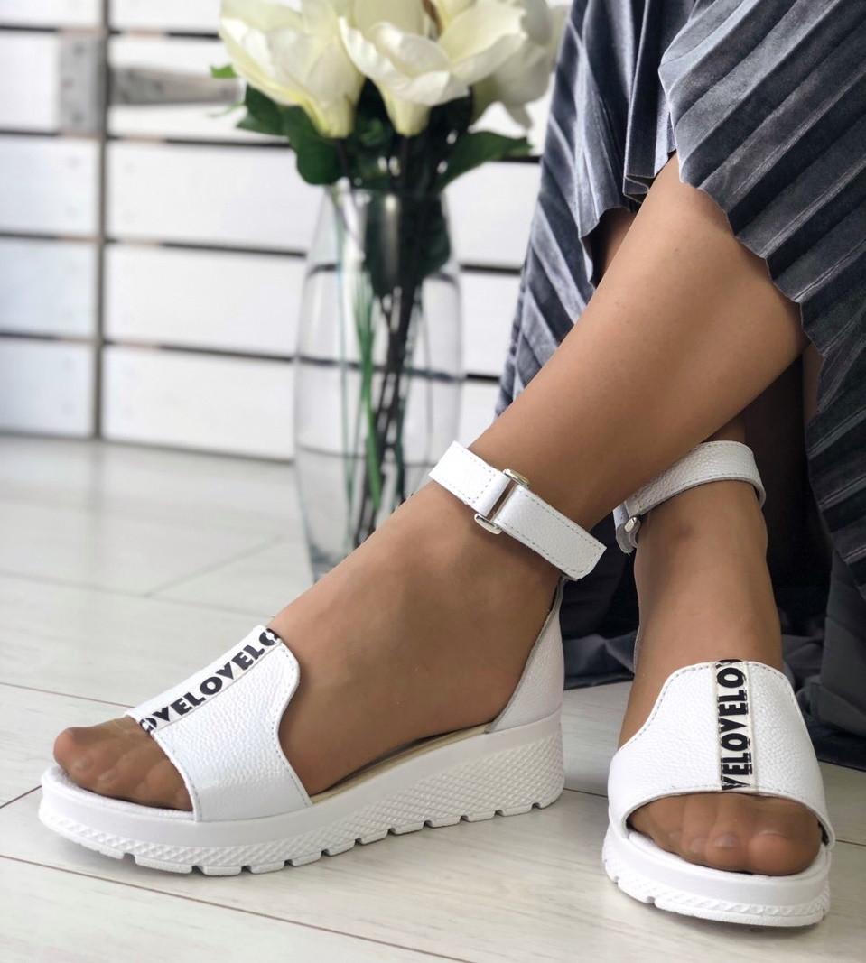 01a507ac396 Модные женские кожаные босоножки сандалии на танкетке на платформе с  ремешками ...