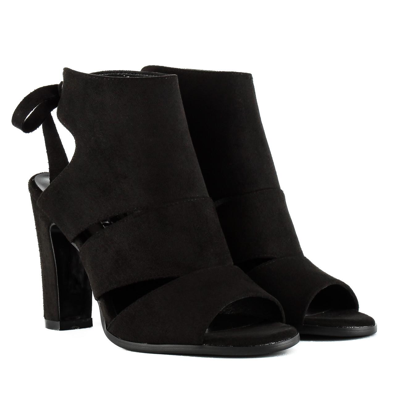 Босоножки женские GELSOMINO (черного цвета, стильные, модные, удобные)