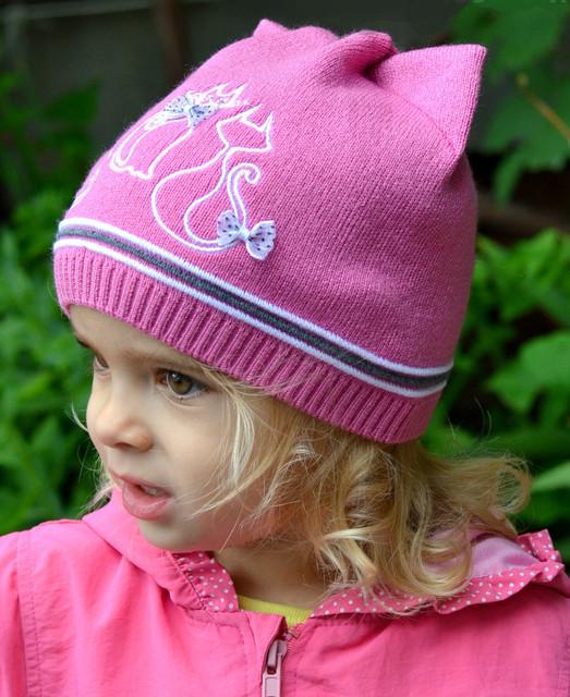 Демисезонные шапки для девочек