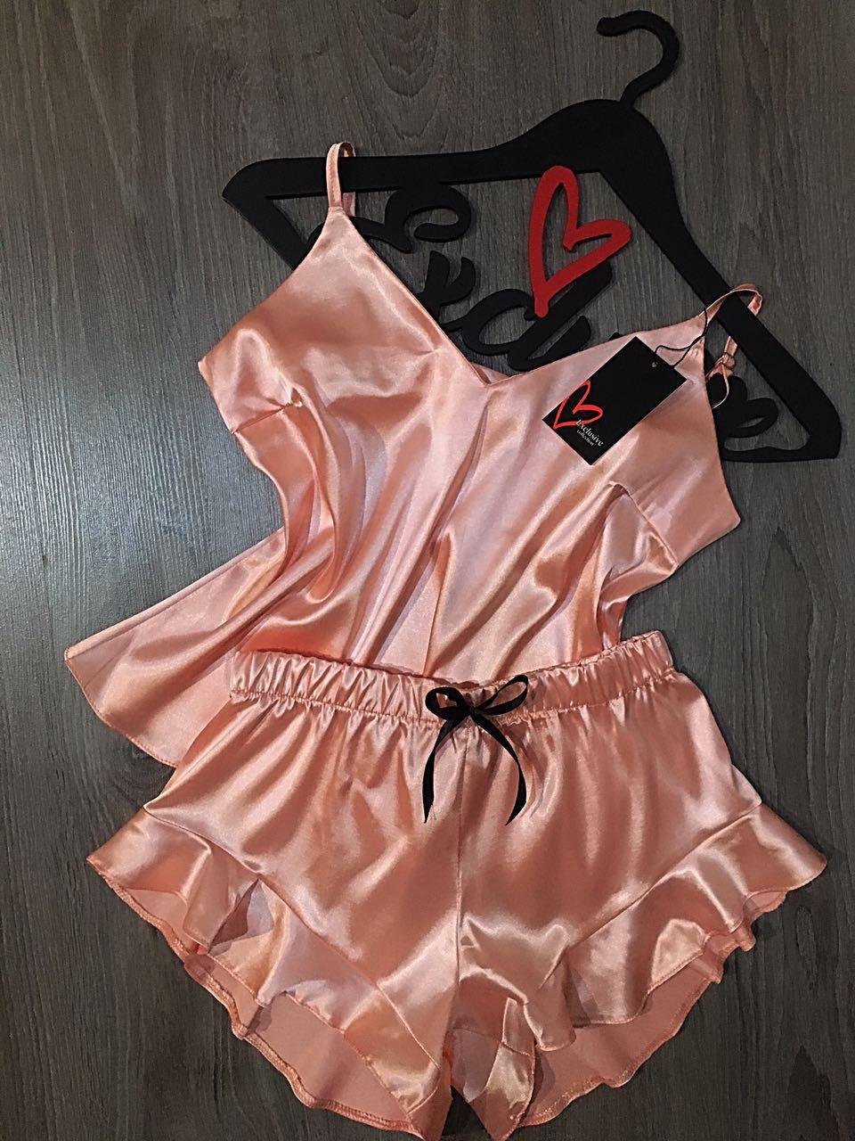 Комплект женский персиковый, пижама с кружевом атласная, комплект для дома и сна с  шортами