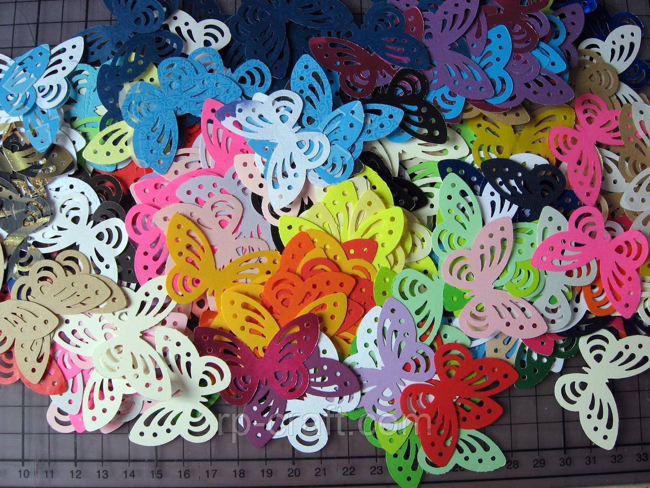 Набір висічок з паперу та картону. Метелики, 50 штук, 30х45 мм