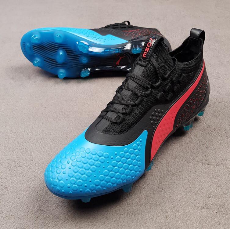 Футбольные бутсы Puma One 19.1 FG черно-синие реплика