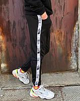 Спортивные штаны The North Face чёрные