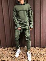 Мужской оливковый спортивный костюм