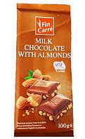 Молочний шоколад з подрібленим мигдалем Fin Carre 100 г