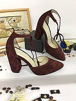 Женские замшевые босоножки на каблуке 39