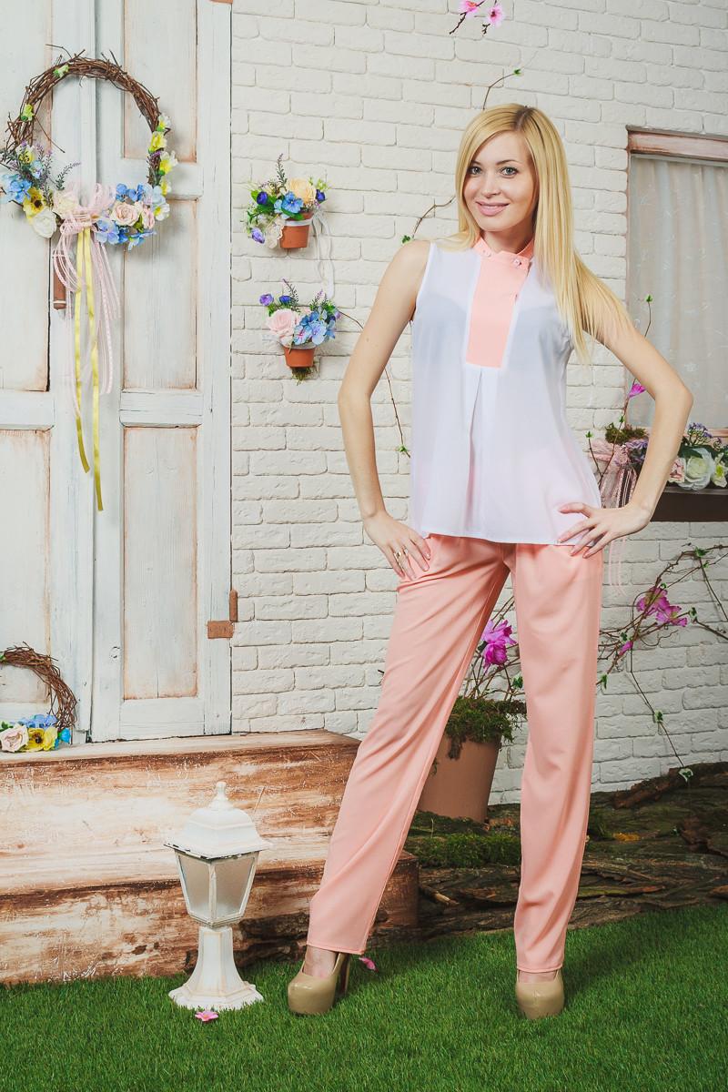 Костюм женский с брюками персик