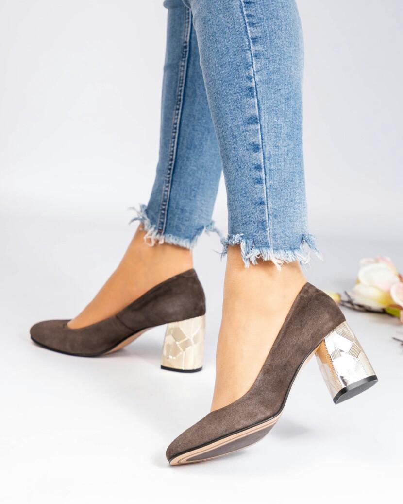 Женские Шикарные туфли на рефленном каблуке Размер 37