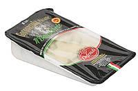 Зрелый сыр с голубой плесенью внутри Gorgonzola Bacco piccante 200 г