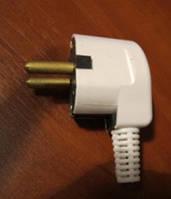 Вилка электрическая с заземлением 16А 250В