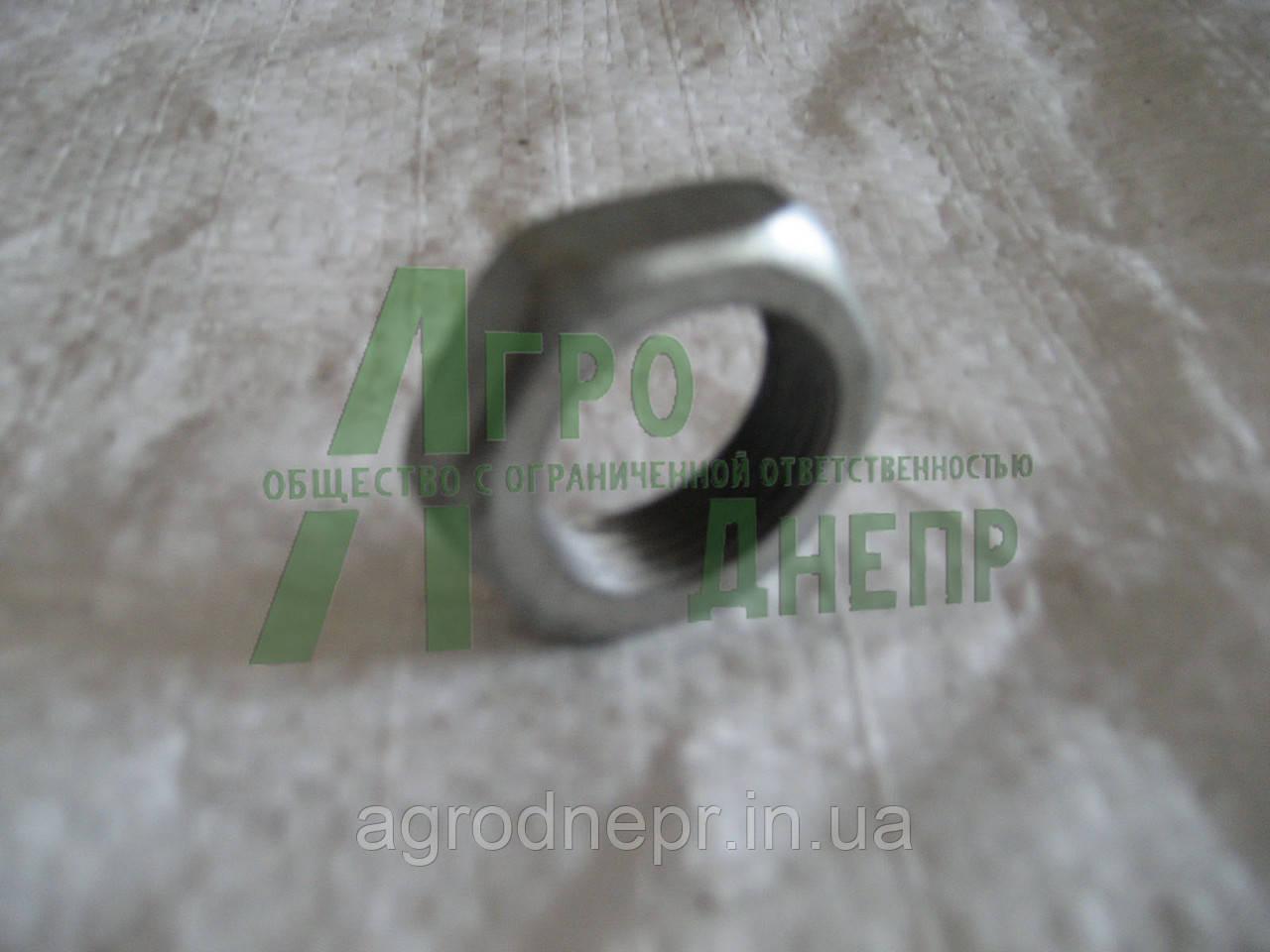 Гайка маховика ПД-10 Д24-047-А