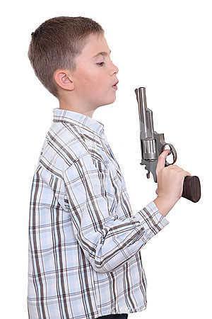 Пистолеты и бластеры