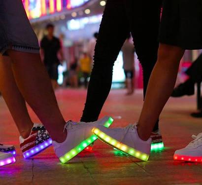 Светящиеся кроссовки (35р-43р)