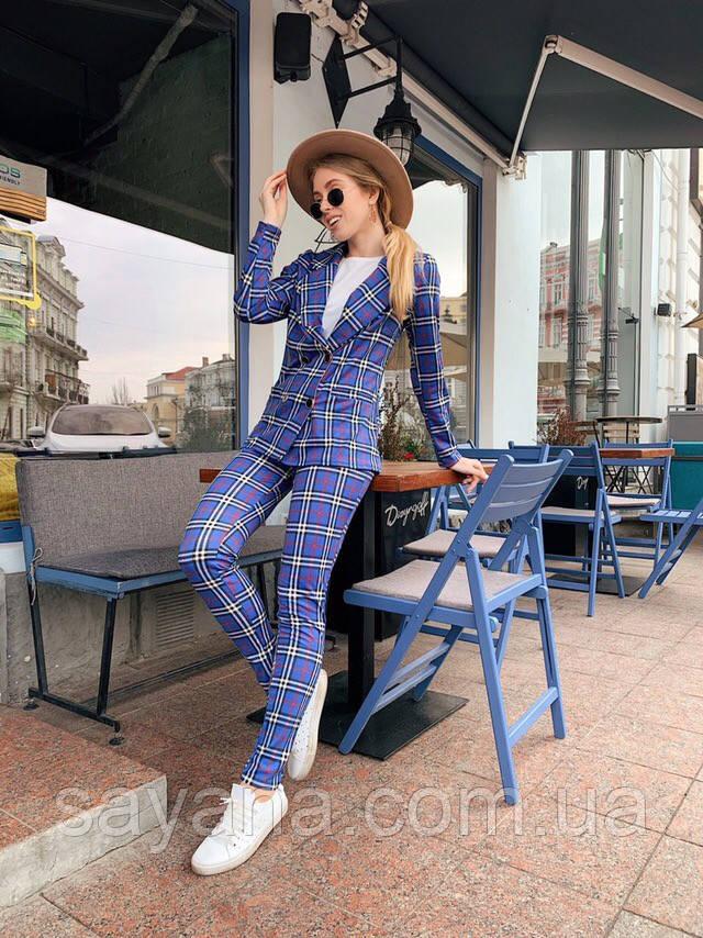 Женский костюм: пиджак с брюками с разным принтом. ОС-8-0419