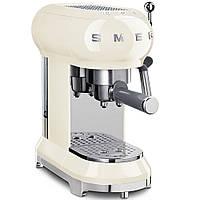 Кофемашина-эспрессо Smeg ECF01CREU кремовая