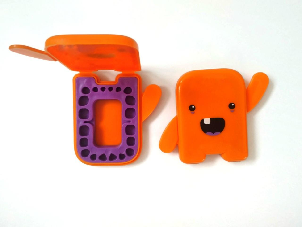 Альбом для молочних зубчиків Angie - 1 шт., помаранчевий