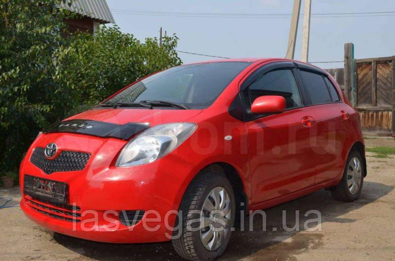 Ветровики,дефлекторы окон Toyota Yaris 2006-2010 (Hic)