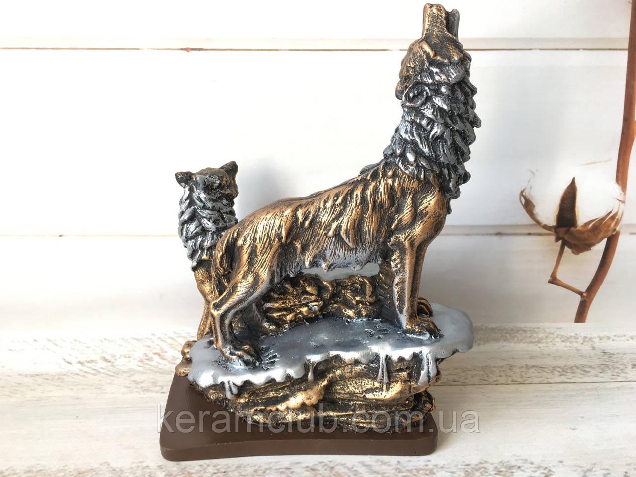 Статуэтка пара волков бронза