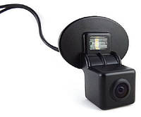 Штатная камера заднего вида Falcon SC78-SCCD. Hyundai Accent 4D 2011+/Kia Cerato 2010+/Venga 2009+, фото 1