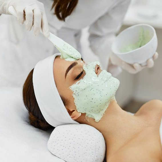 Альгинатные маски, тканевые и кремовые маски, гидрогелевые патчи на губы и под глаза