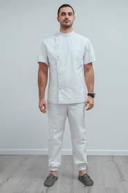 До недавнего времени мужские медицинские костюмы выглядели однообразно и непривлекательно