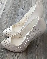 Туфли на шпильке белые ажурные LOUISA PEERESS р.36,37,39 37