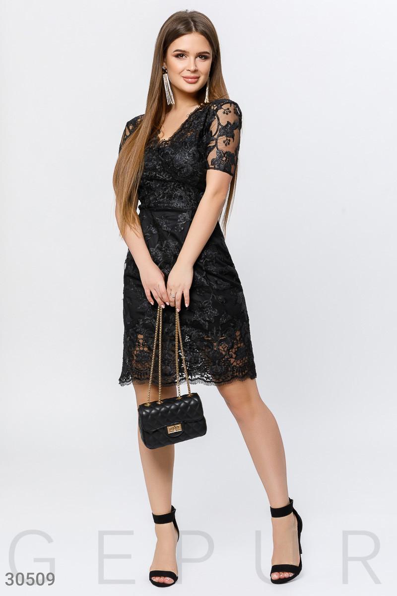Вечернее платье мини черного цвета с мерцающим эффектом