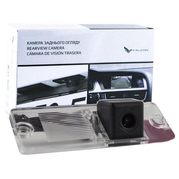 Штатная камера заднего вида Falcon SC29-XCCD. Mitsubishi Pajero Sport 1996-2009/Pajero Wagon 3/4 1999+