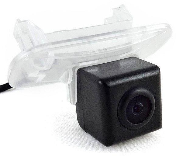 Штатная камера заднего вида Falcon SC83-XCCD. Mecrcedes Benz B 2011+