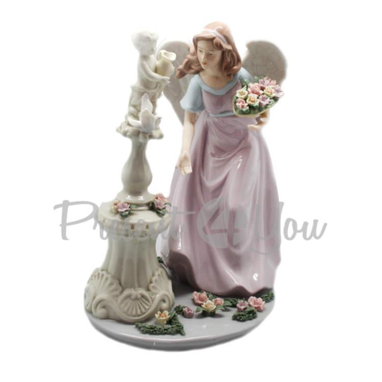 Фигурка фарфоровая «Ангел у фонтана», 30х24х17 см (350-3086)
