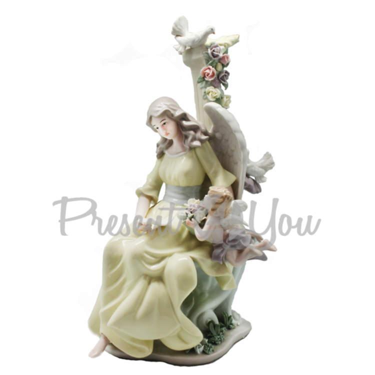 Фигурка фарфоровая «Цветы для ангела», 35х20х12 см (350-3087)