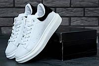 Кроссовки женские Alexander McQueen в стиле Александр Маккуин, белые с черым
