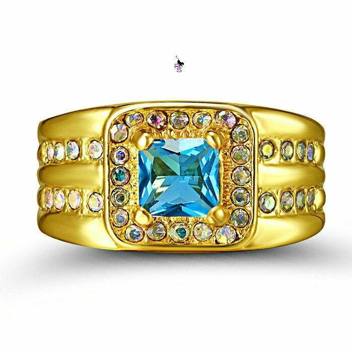 Роскошный мужской перстень с голубым камнем