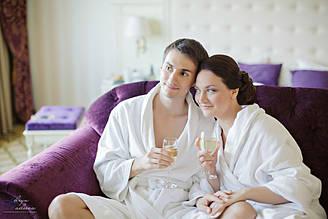 Махровий халат для готелів і готелів .