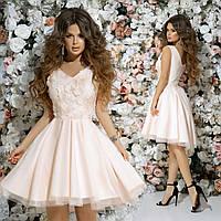5c701bf153a Красивое приталенное женское платье верх из гипюра и пышная юбка 42