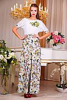 Ніжне літнє плаття, виконане в простому, лаконічному дизайні з акцентом на талії і вирізом «човник»., фото 1