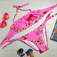 Яркий детский раздельный купальник в цветочек для девочки, розовый